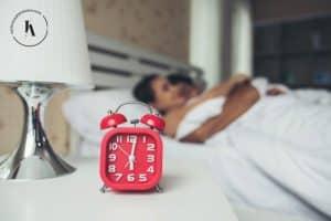 В последните години сънят е нещо доста подценявано. Изтъква се дори, че хората, които спят по 8 часа на денонощие губят много ценно време.